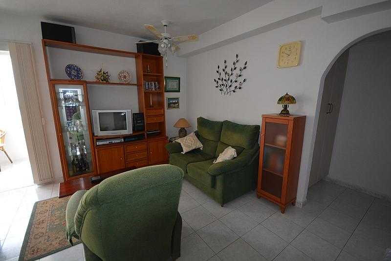 Salón - Apartamento en alquiler de temporada en calle Terramar, Arroyo de la Miel en Benalmádena - 264438987