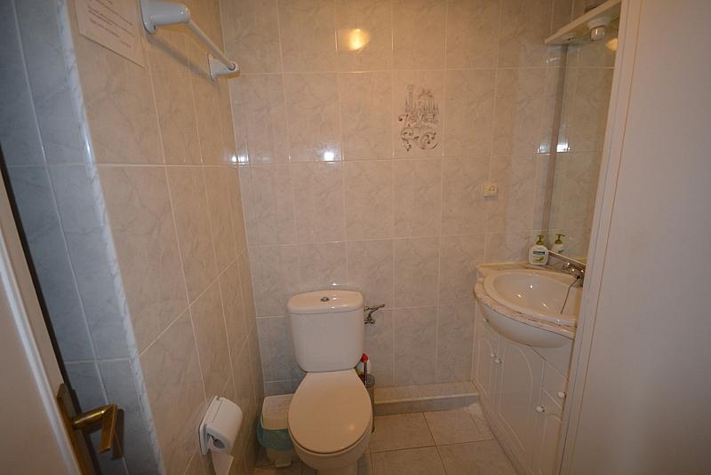 Baño - Apartamento en alquiler de temporada en calle Terramar, Arroyo de la Miel en Benalmádena - 264439106