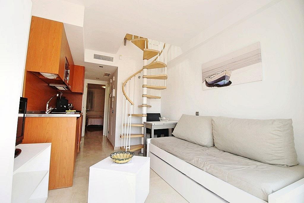 Salón - Ático-dúplex en alquiler en calle Camino Doña María, Benalmádena Costa en Benalmádena - 285597284