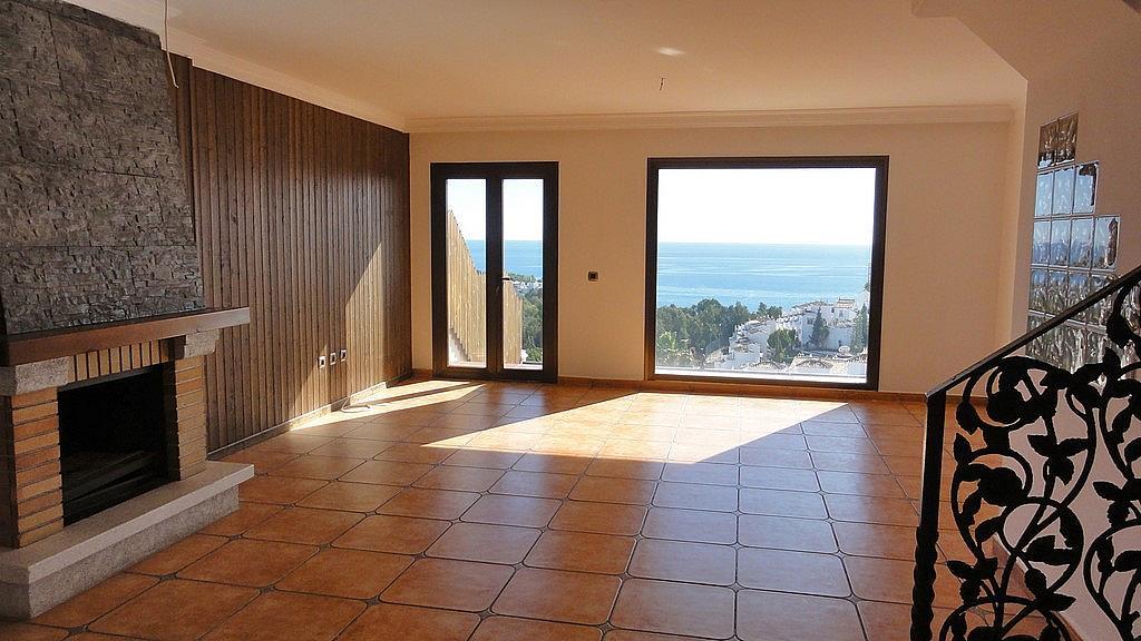Salón - Casa adosada en alquiler en calle Flathotel, Benalmádena Costa en Benalmádena - 225284148