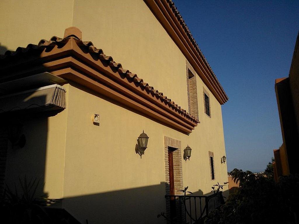 Fachada - Chalet en alquiler en calle Baltico, Torremolinos - 230071752