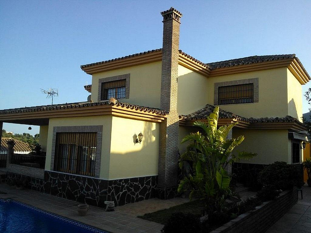Fachada - Chalet en alquiler en calle Baltico, Torremolinos - 230071753