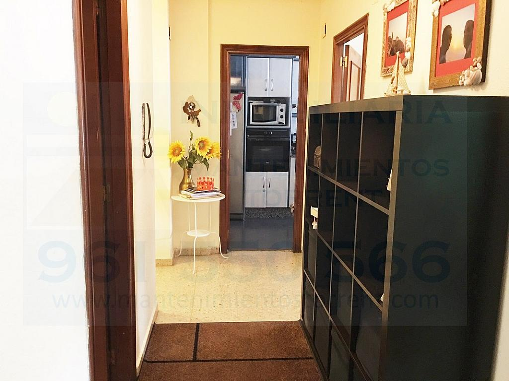 Pasillo - Piso en alquiler en calle Gabriela Mistral, Torrent - 317172465