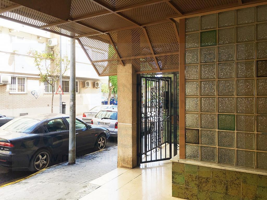 Fachada - Piso en alquiler en calle Gabriela Mistral, Torrent - 317172471