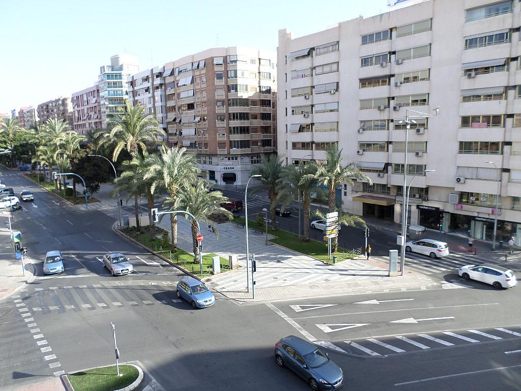 Piso en alquiler en calle Oscar Espla, Centro en Alicante/Alacant - 328506160