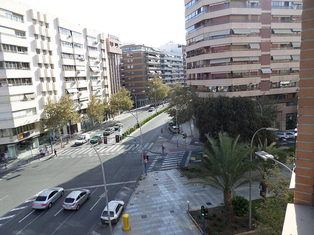 Piso en alquiler en calle Oscar Espla, Centro en Alicante/Alacant - 328506166