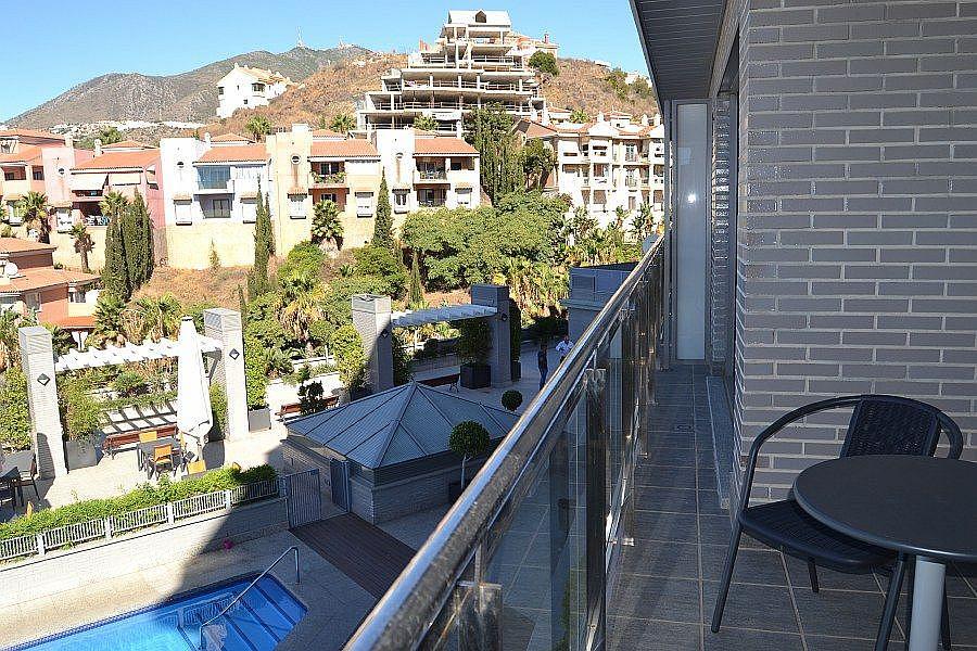 Foto - Apartamento en alquiler en calle Nueva Torrequebrada, Torrequebrada en Benalmádena - 321373498