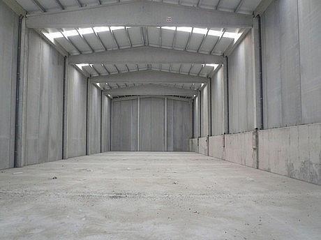 Planta baja - Nave industrial en alquiler en calle Polingesa, Campllong - 272265959