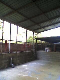 Patio trasero - Nave industrial en alquiler en calle Torrelles, La Guardia-Distrito 3 en Sant Vicenç dels Horts - 240385226