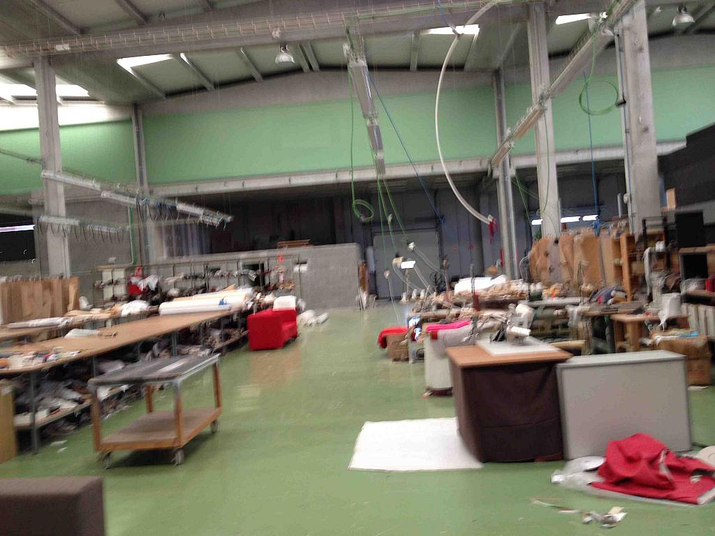 Planta baja - Nave industrial en alquiler en calle Lleida, Llorenç del Penedès - 243319422