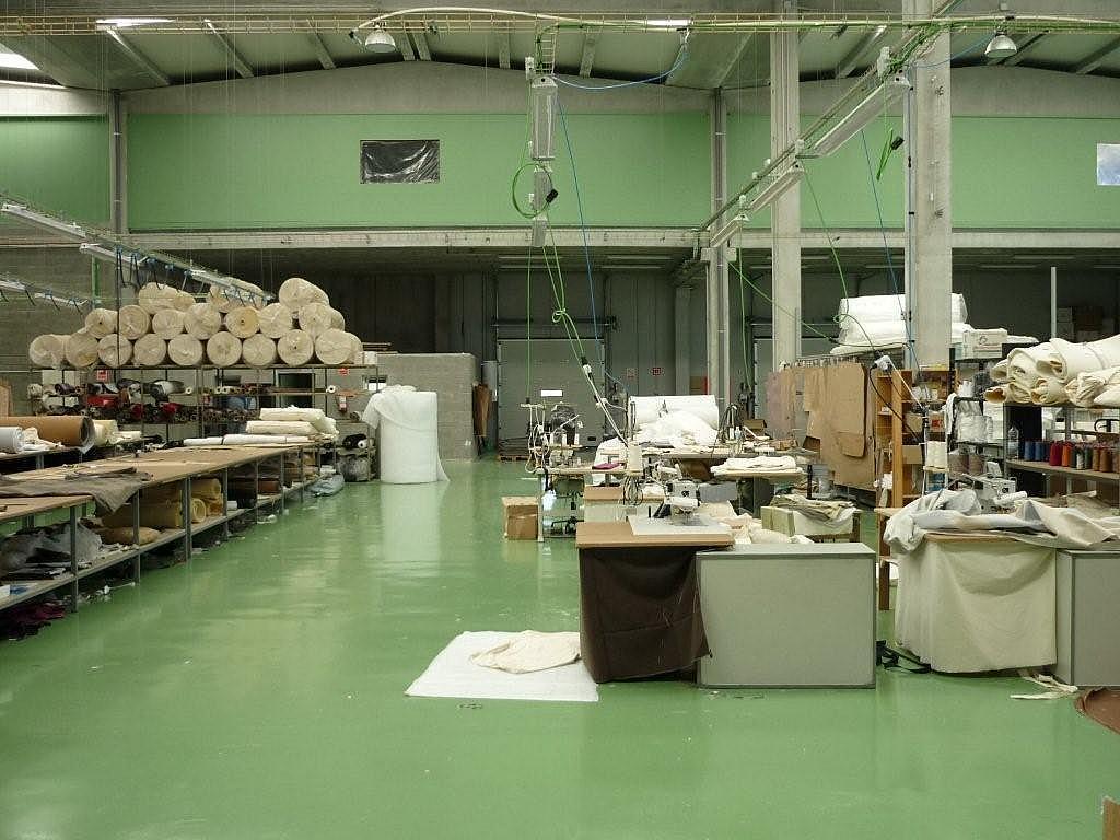 Planta baja - Nave industrial en alquiler en calle Lleida, Llorenç del Penedès - 243319469