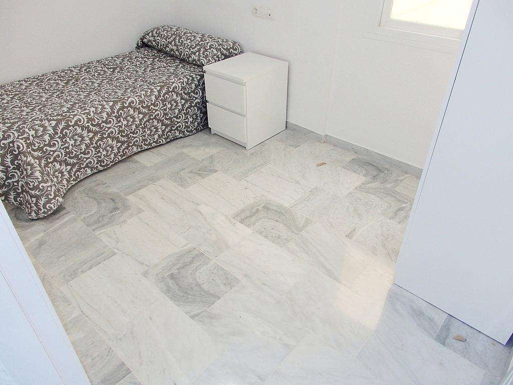 Piso en alquiler en calle Perdices, Torreblanca en Fuengirola - 332022798