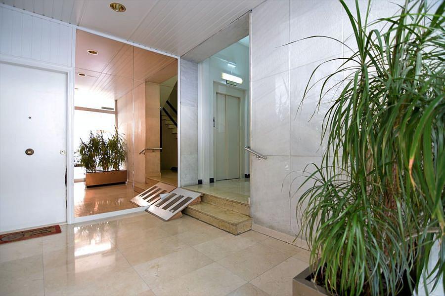 Foto - Oficina en alquiler en calle Loreto, Les corts en Barcelona - 323705977