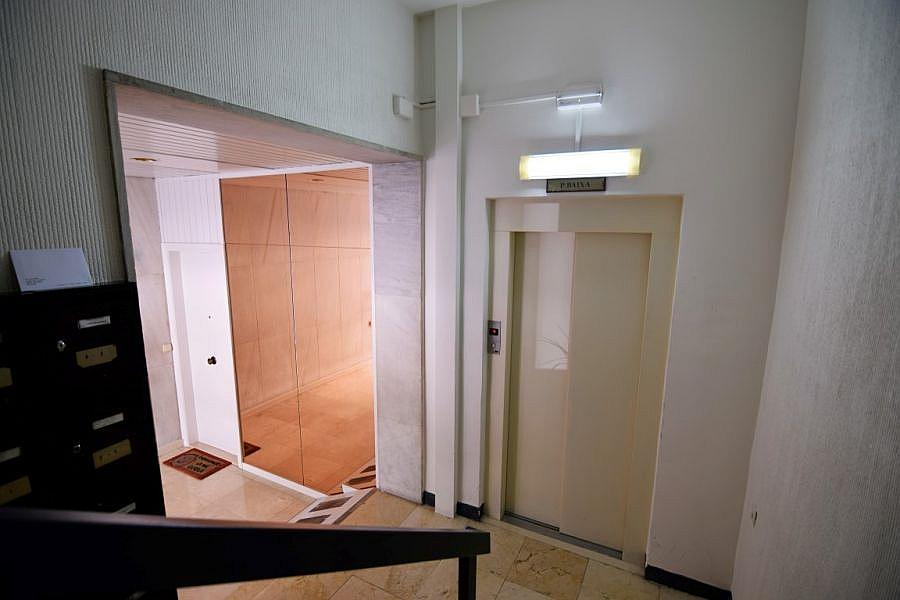 Foto - Oficina en alquiler en calle Loreto, Les corts en Barcelona - 323706013