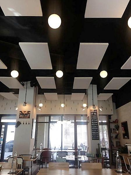 Foto - Local comercial en alquiler en calle Icaria, La Vila Olímpica en Barcelona - 316952887