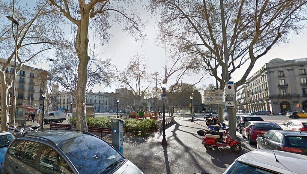 Foto - Local comercial en alquiler en calle Pla de Palau, Born-Santa Caterina-Sant Pere-La Ribera en Barcelona - 326973830