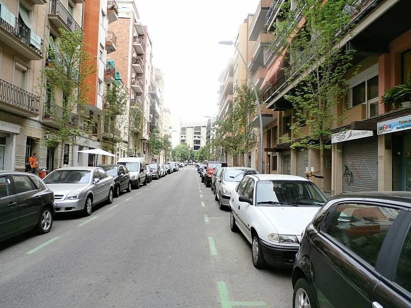 Foto - Local comercial en alquiler en calle Benavent, Les corts en Barcelona - 243081591
