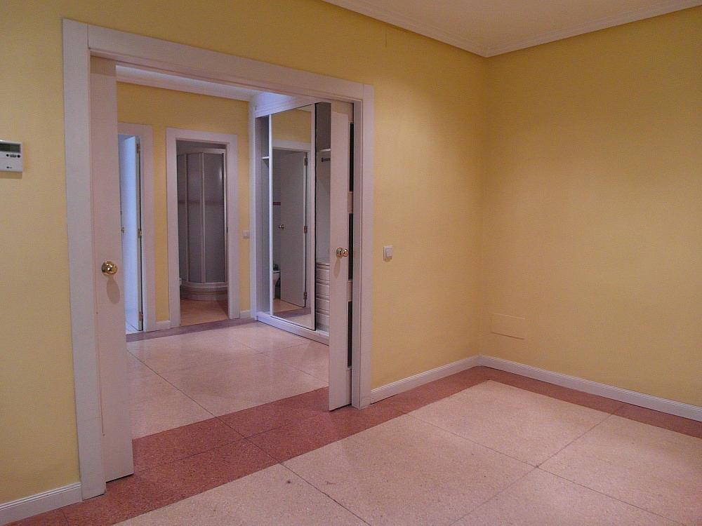 Oficina en alquiler en plaza De Los Mostenses, Centro en Madrid - 251992339
