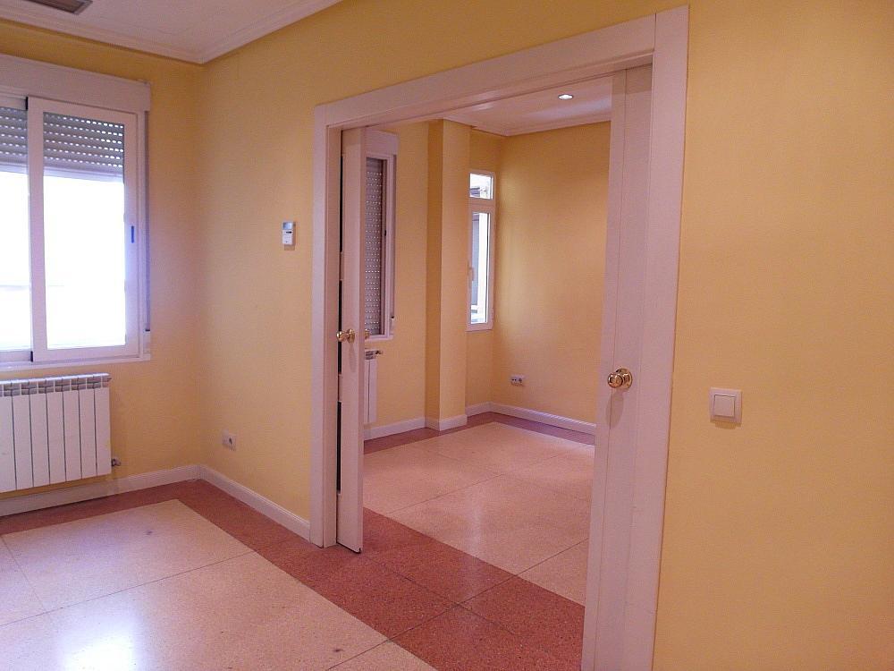 Oficina en alquiler en plaza De Los Mostenses, Centro en Madrid - 251992342