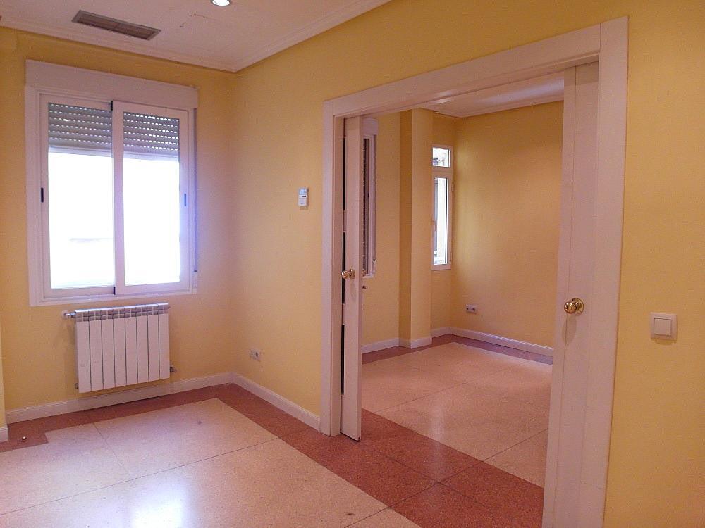 Oficina en alquiler en plaza De Los Mostenses, Centro en Madrid - 251992345