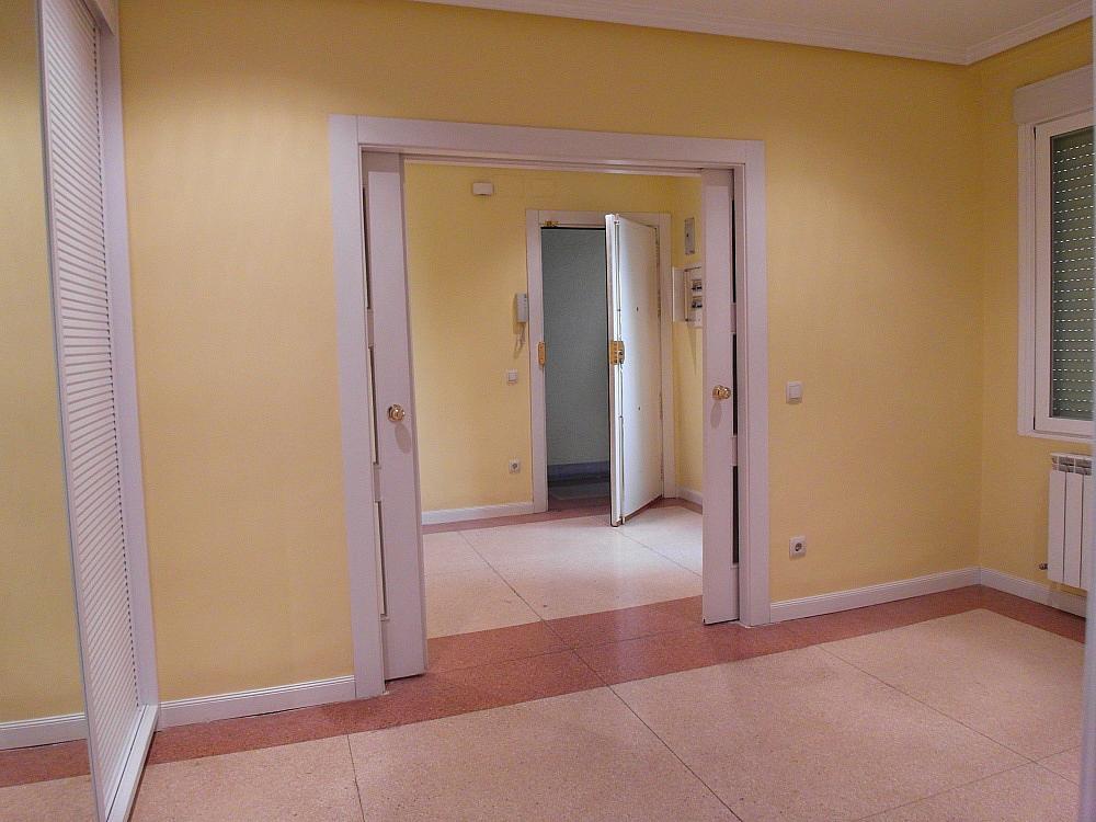 Oficina en alquiler en plaza De Los Mostenses, Centro en Madrid - 251992360
