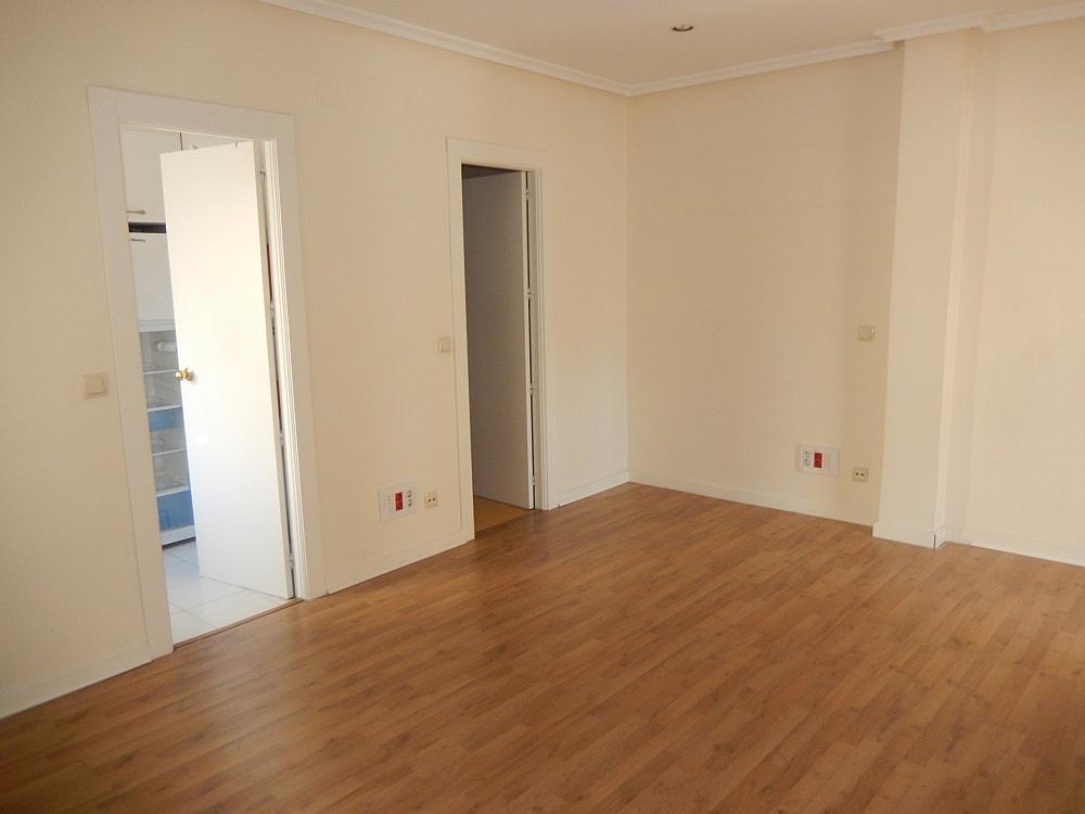 Oficina en alquiler en plaza De Los Mostenses, Centro en Madrid - 330715596
