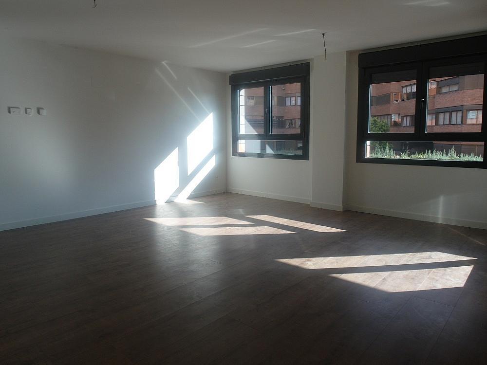 Piso en alquiler en calle Avda Alfonso XIII, Chamartín en Madrid - 333065944