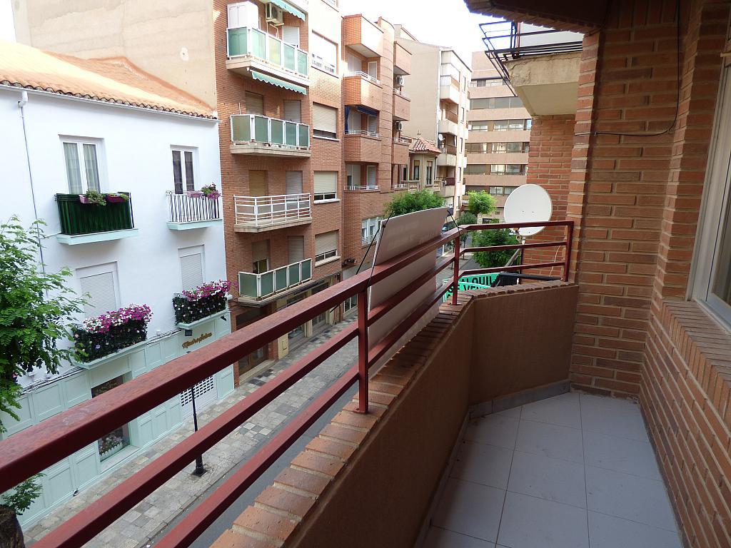 Apartamento en alquiler en Centro en Albacete - 284368106