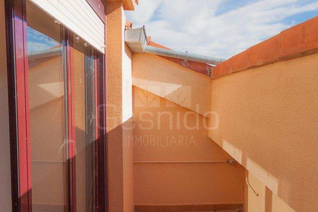 Ático en alquiler en Torrecaballeros - 349305221