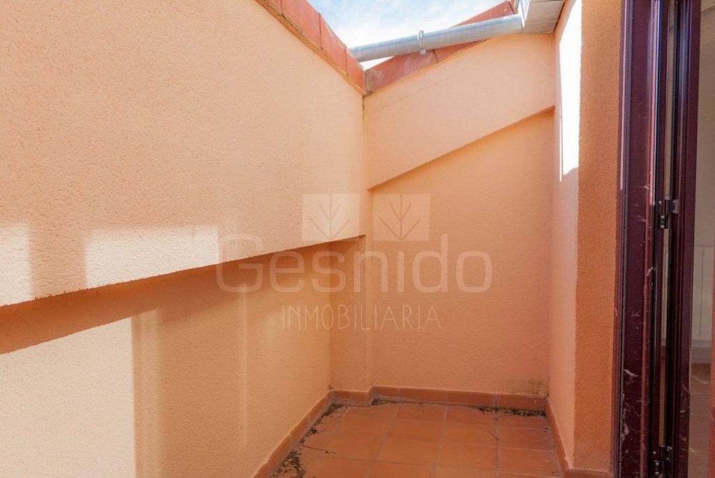 Ático en alquiler en Torrecaballeros - 349305230