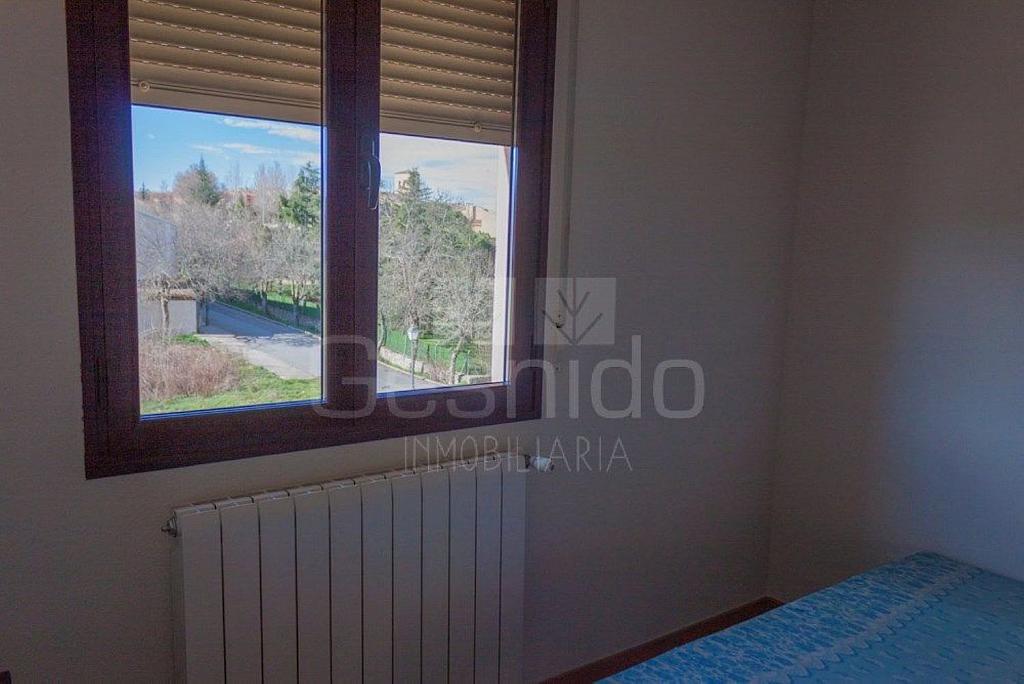 Ático en alquiler en Torrecaballeros - 349305242