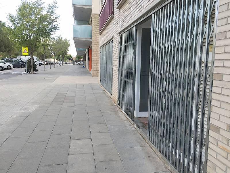 Foto - Local comercial en alquiler en calle Antonio Gaudí, Abrera - 299482037