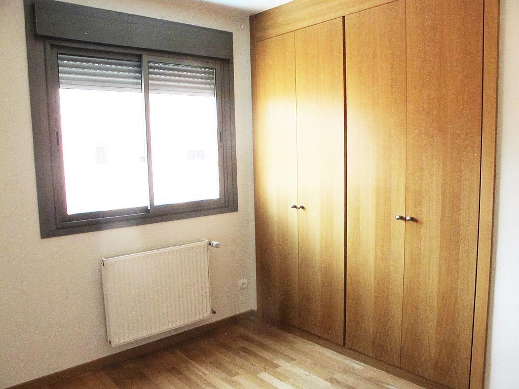 Piso en alquiler en calle Isabel Clara Eugenia, Sanchinarro en Madrid - 272262224