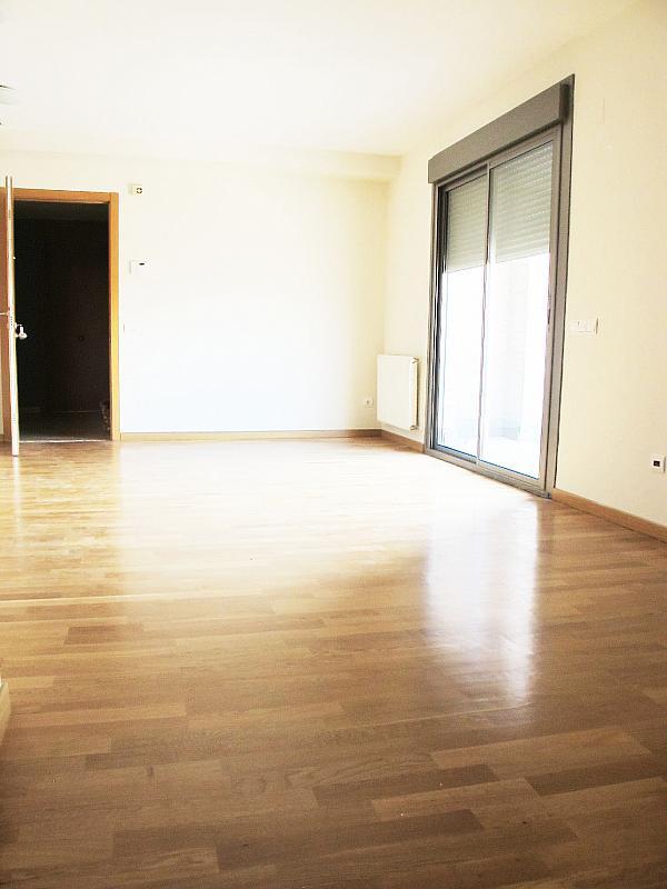 Piso en alquiler en calle Isabel Clara Eugenia, Sanchinarro en Madrid - 272262230