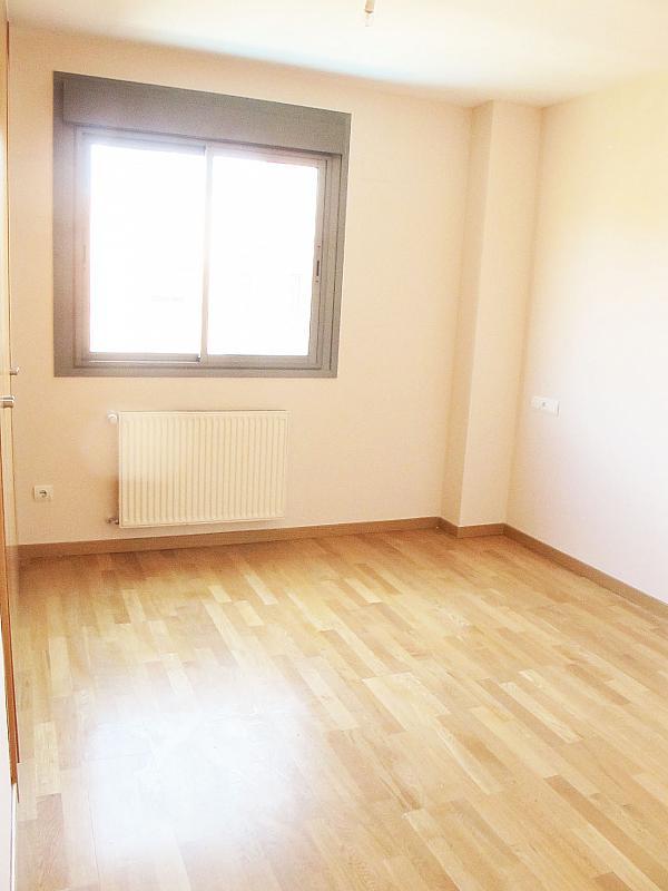 Piso en alquiler en calle Isabel Clara Eugenia, Sanchinarro en Madrid - 272262477