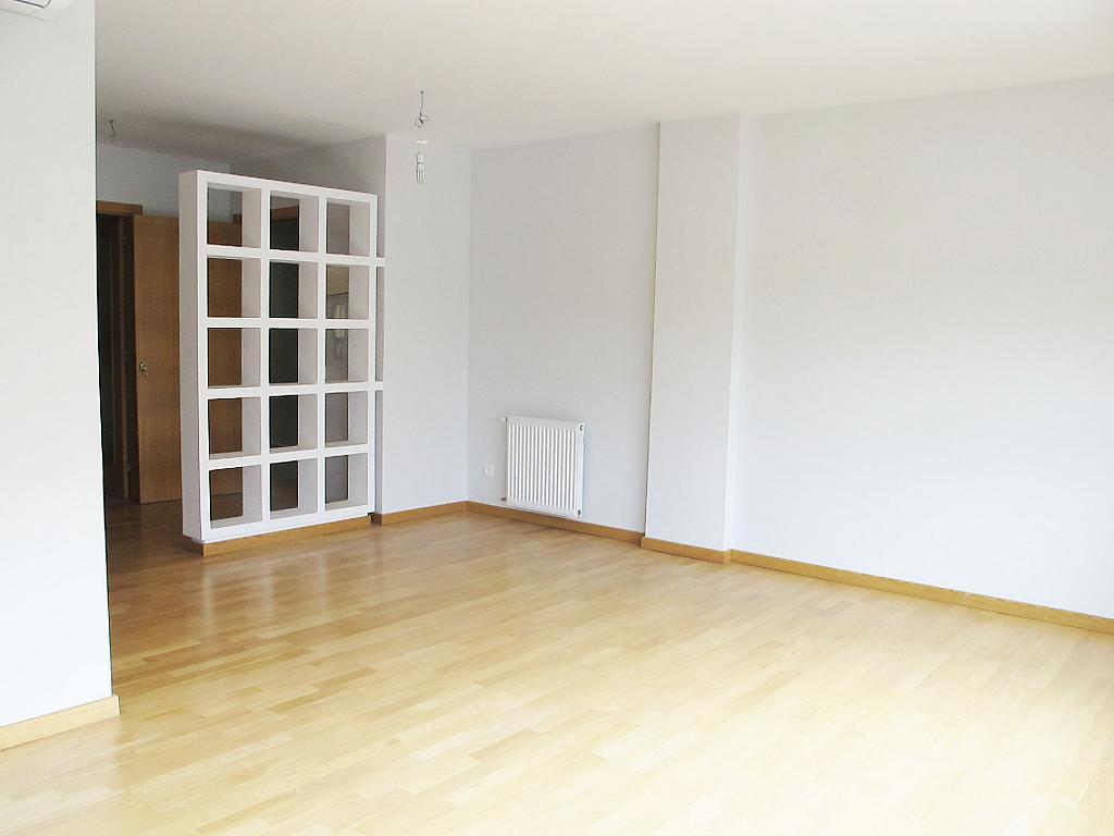 Piso en alquiler en calle Principe Carlos, Sanchinarro en Madrid - 272712960