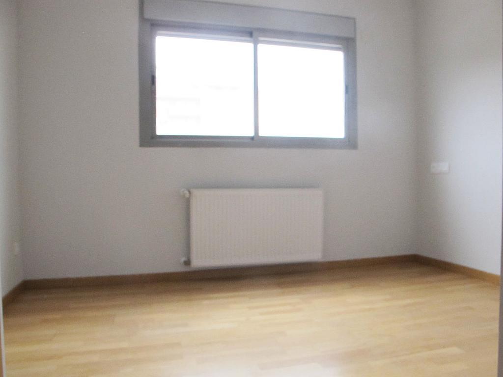 Piso en alquiler en calle Principe Carlos, Sanchinarro en Madrid - 272712981