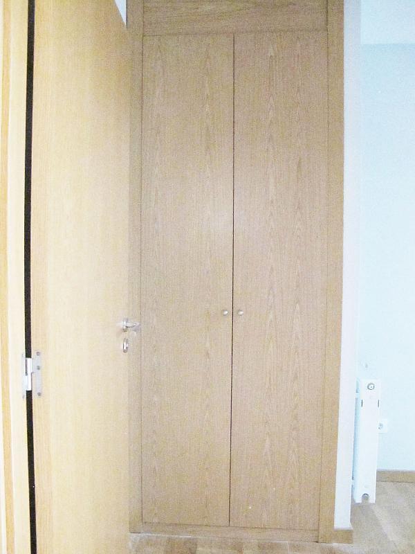 Piso en alquiler en calle Principe Carlos, Sanchinarro en Madrid - 272712993