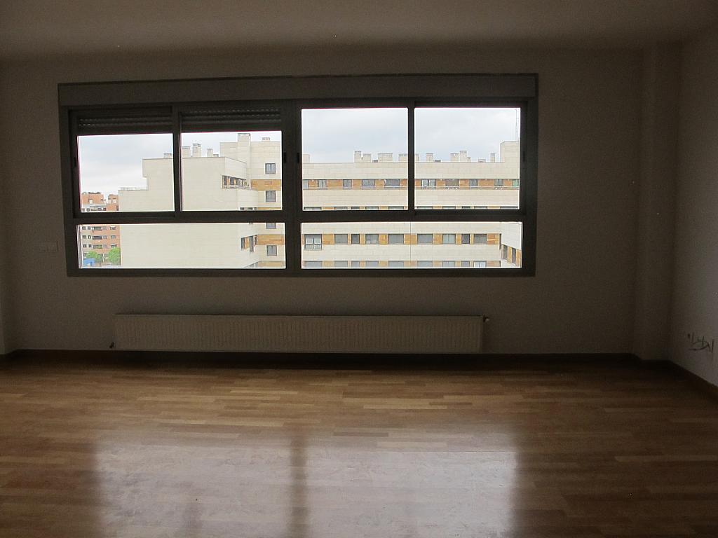 Piso en alquiler en calle Principe Carlos, Sanchinarro en Madrid - 273015751