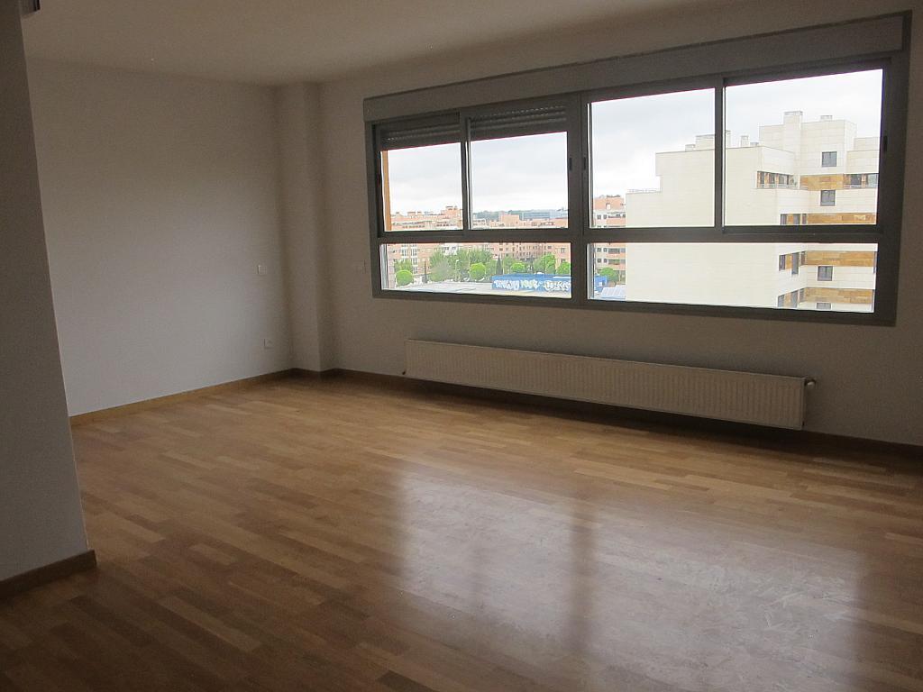 Piso en alquiler en calle Principe Carlos, Sanchinarro en Madrid - 273015832
