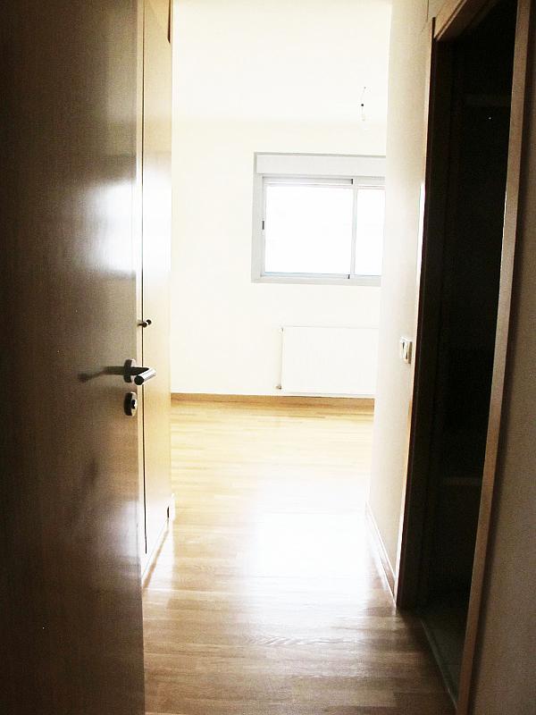 Piso en alquiler en calle Archiduque, Sanchinarro en Madrid - 273016221
