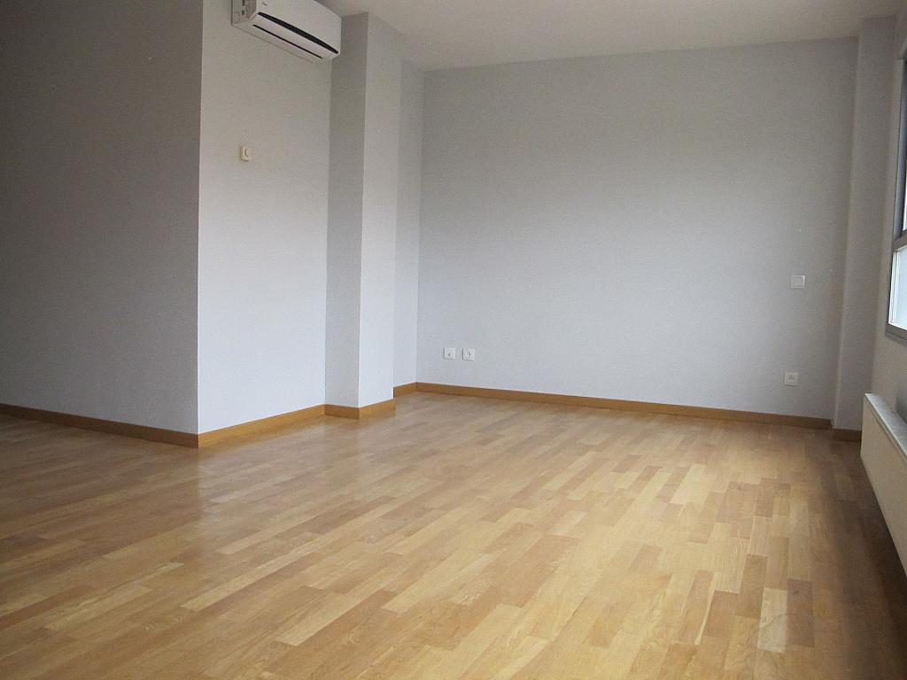 Piso en alquiler en calle Archiduque Carlos, Sanchinarro en Madrid - 273017285