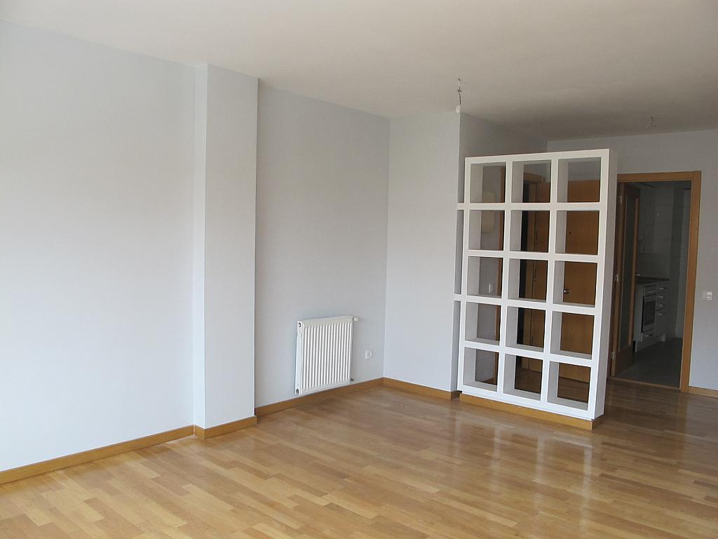 Piso en alquiler en calle Archiduque Carlos, Sanchinarro en Madrid - 273017290