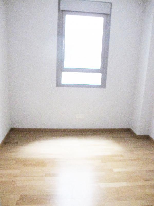 Piso en alquiler en calle Archiduque Carlos, Sanchinarro en Madrid - 273017314