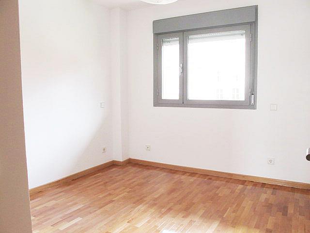 Piso en alquiler en calle Maria Tudor, Sanchinarro en Madrid - 278195742
