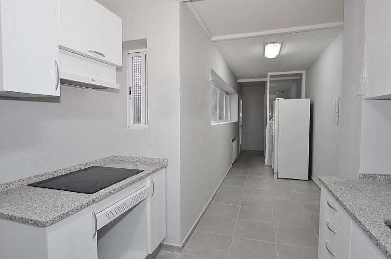 Piso en alquiler en calle Sandalo, Piovera-Conde Orgaz en Madrid - 322511224