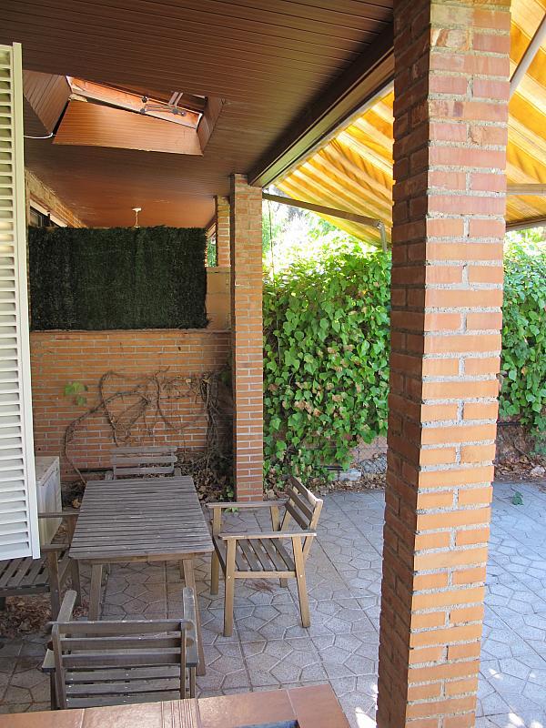 Piso en alquiler en calle Pinar de Somosagu, Urb. Somosaguas en Pozuelo de Alarcón - 324847845