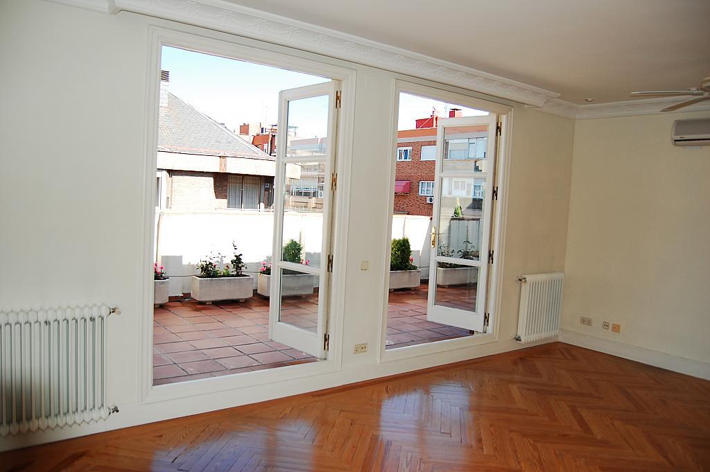 Ático en alquiler en calle Claudio Coello, Castellana en Madrid - 331030357