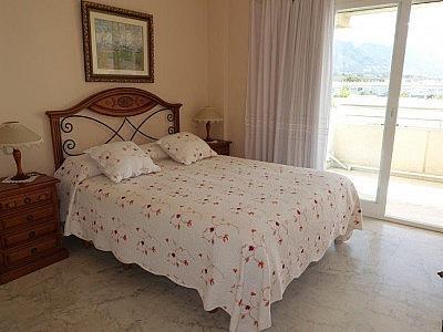 Apartamento en alquiler en Puerto Banús - 349335475