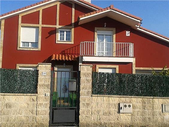 Chalet en alquiler de temporada en urbanización San Roque, Bárcena de Cicero - 291897662